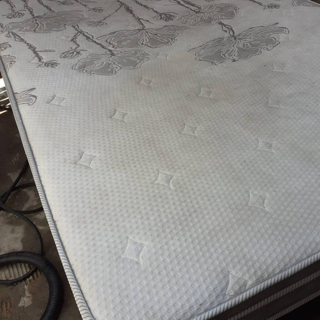 limpeza-de-colchao-1-1024x1024 Uncategorized Limpeza colchão-